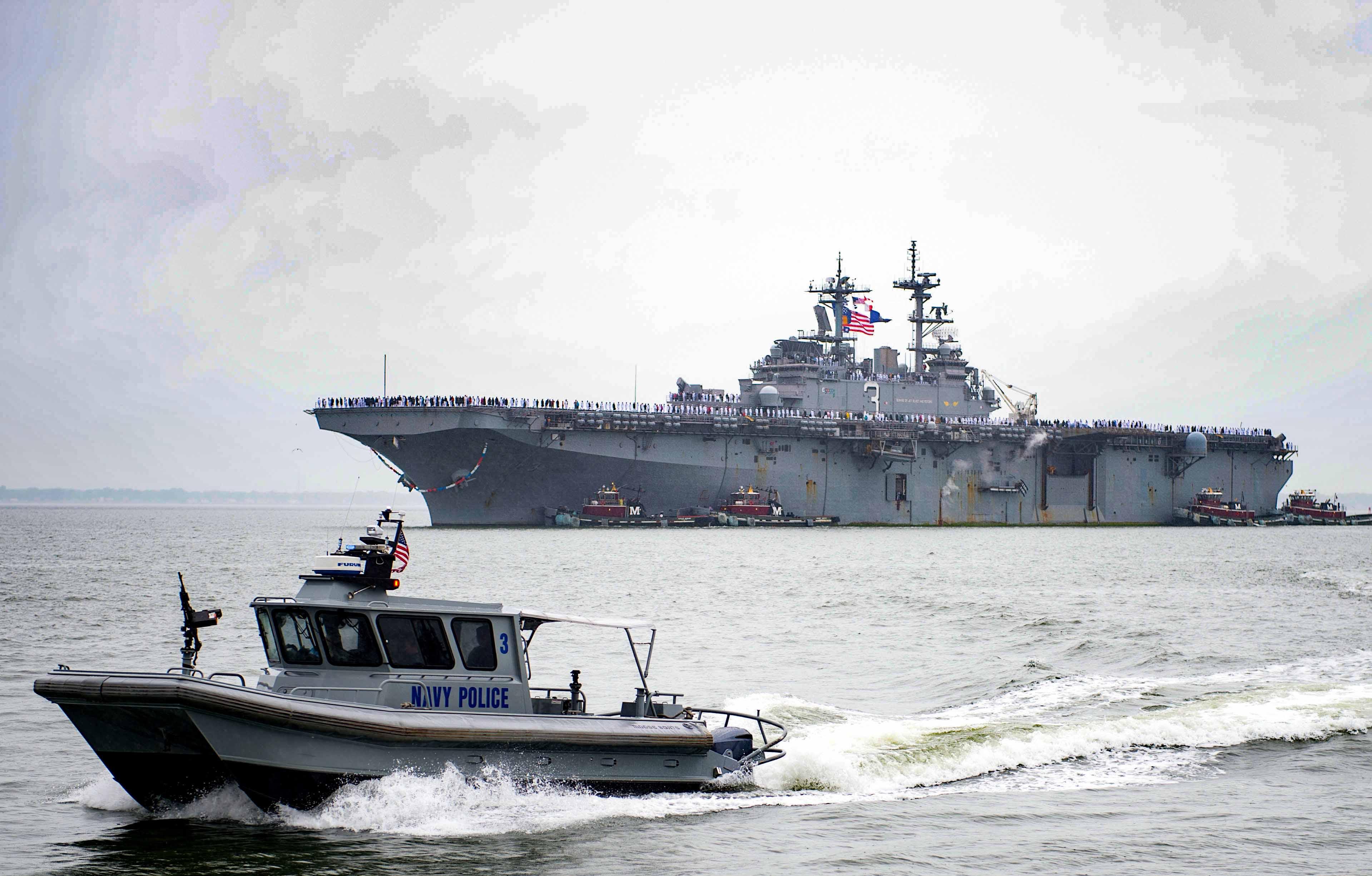 USS KEARSARGE LHD-3 Einlaufen Norfolk am 03.05.2016 Bild: U.S. Navy