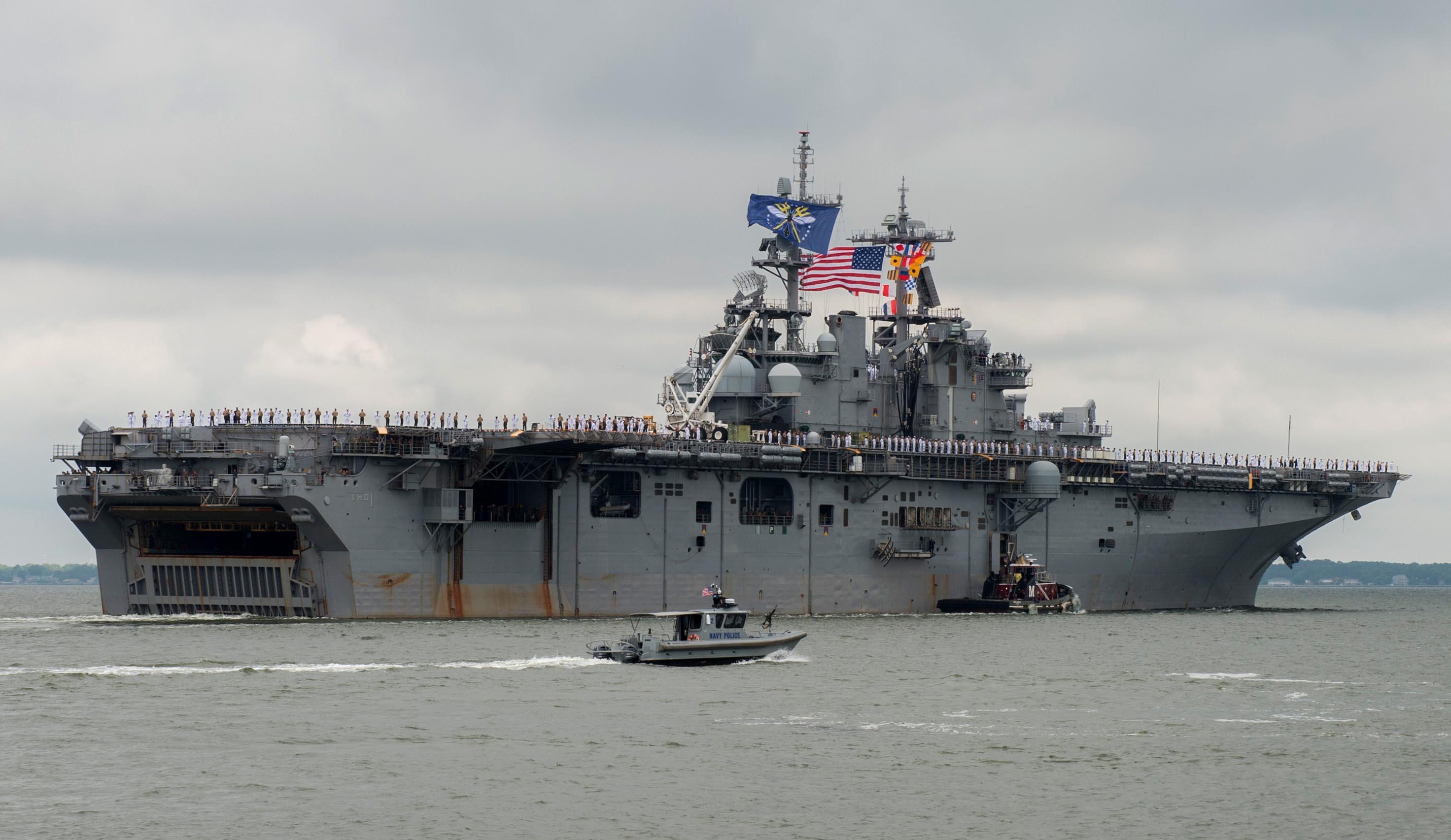 USS WASP LHD-1 Auslaufen Norfolk am 25.06.2016 Bild: U.S. Navy