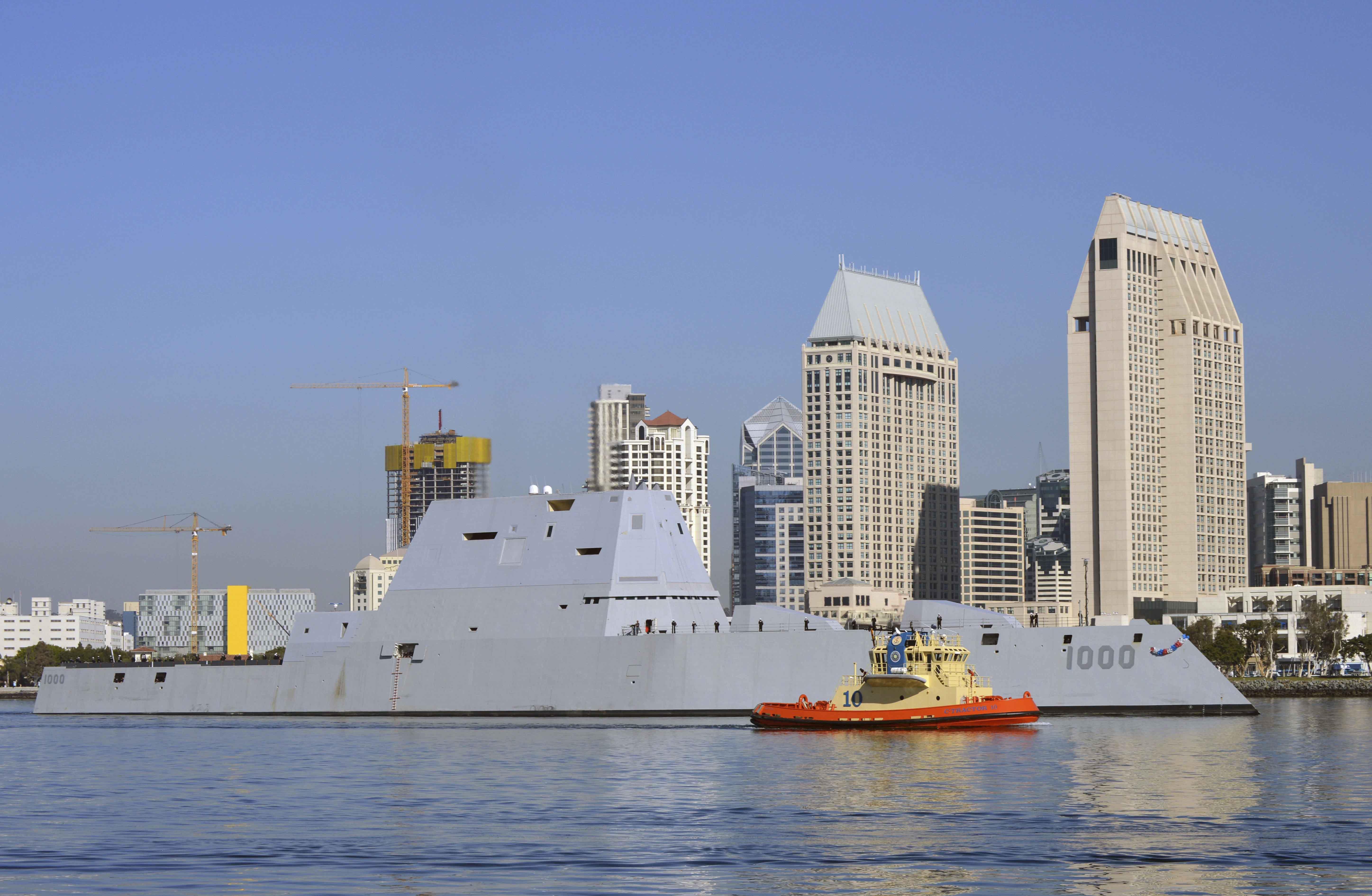 USS ZUMWALT DDG-1000 Einlaufen San Diego am 08.12.2016 Bild: U.S. Navy